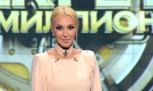 Фото №1 - Телеведущая Лера Кудрявцева перенесла срочную операцию по удалению имплантов груди