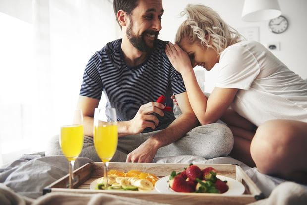 Фото №1 - Вот как изменится твоя жизнь сразу после помолвки