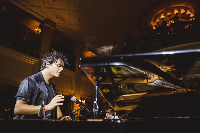 Фото №11 - Don't stop the jazz:  Джейми Каллум в St.Regis Москва Никольская