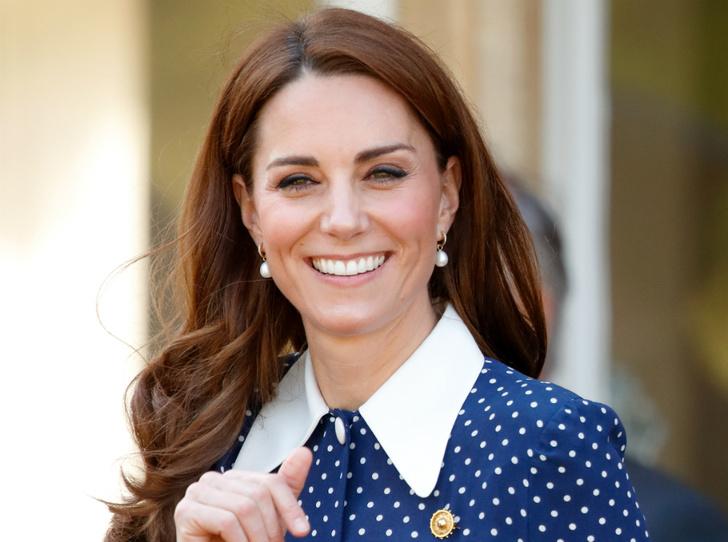 Фото №1 - Как королевская семья поздравила Кейт с днем рождения (и почему поклонники в гневе)