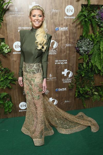 Фото №16 - Тара Рид и ее безумные наряды, которые может носить только она