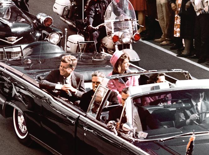 Фото №2 - Натали Портман и еще 9 актрис, сыгравших Жаклин Кеннеди в кино