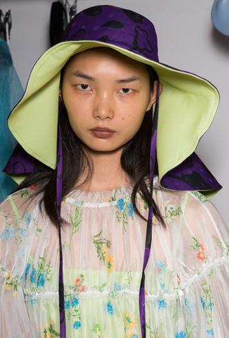 Фото №2 - Летние шляпы: 5 самых стильных моделей этого сезона