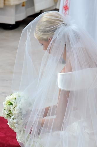 Фото №16 - Пять королевских невест, отказавшихся от тиары на свадьбе