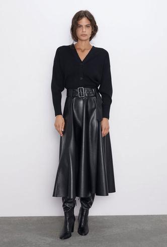 Фото №5 - Босс не будет против: как носить кожаные вещи в офис