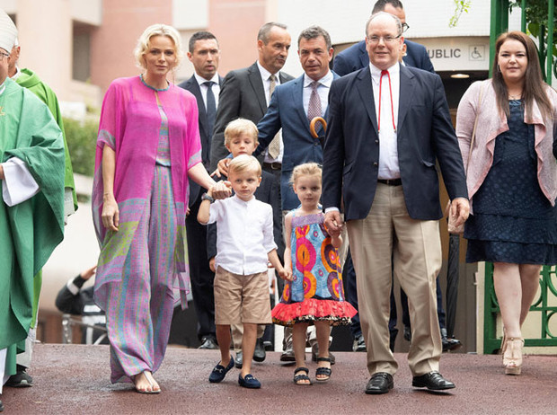 Фото №2 - Княжеская семья Монако проводила лето на традиционном пикнике