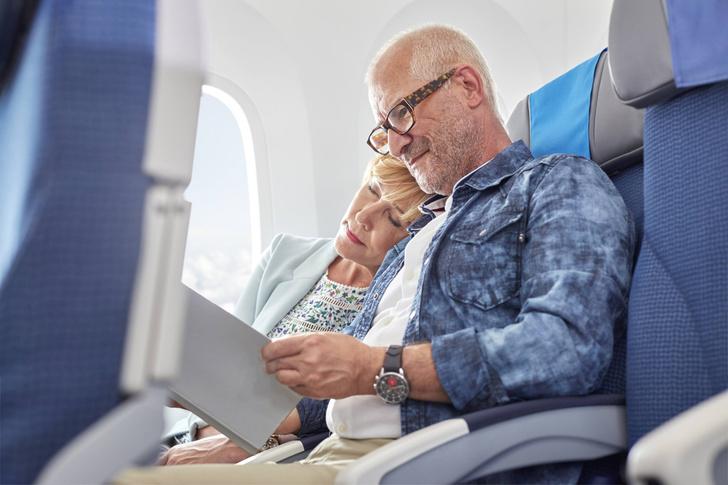 Фото №1 - Почему с возрастом люди медленнее читают