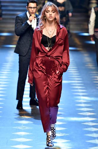 Фото №10 - Дети выросли: звездные отпрыски на показе Dolce & Gabbana в Милане