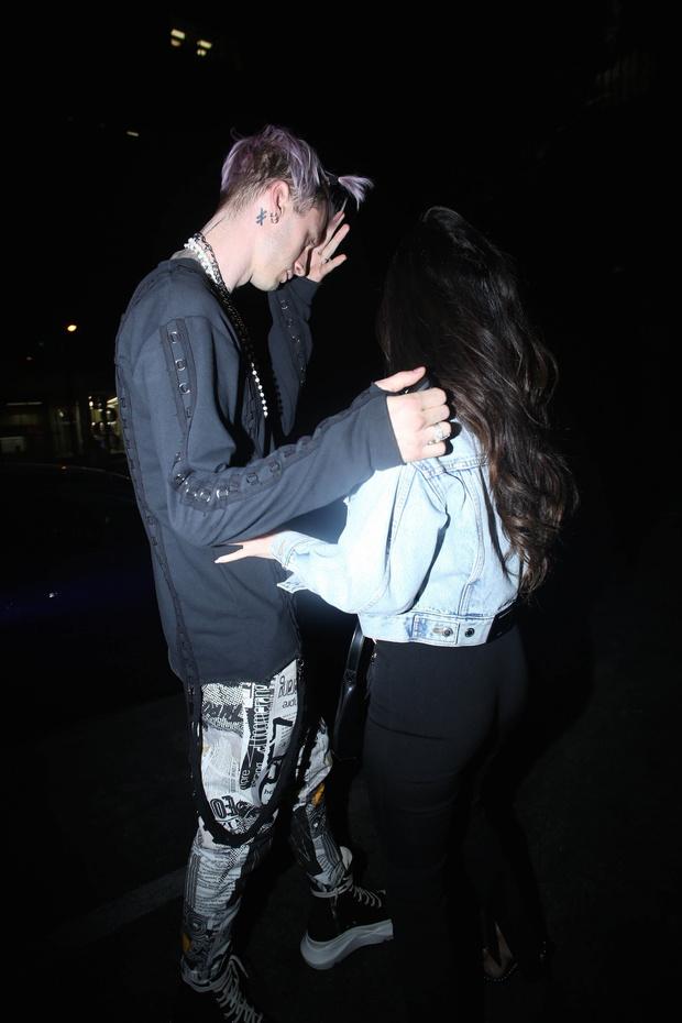 Фото №2 - Так выглядит любовь: Меган Фокс и Machine Gun Kelly на романтическом свидании