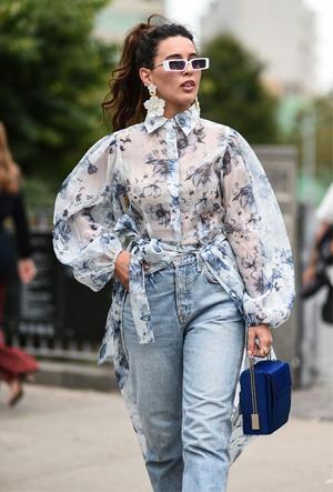 Фото №6 - Как носить цветочный принт: 6 модных идей на каждый день