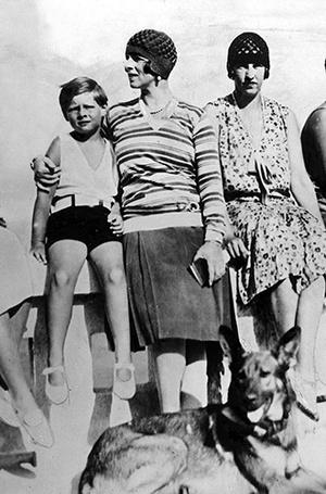 Фото №5 - Молодой принц Филипп: редкие и забытые фото супруга Елизаветы II