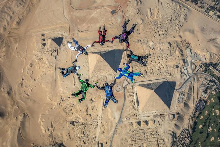 Фото №1 - Прыжок над пирамидами