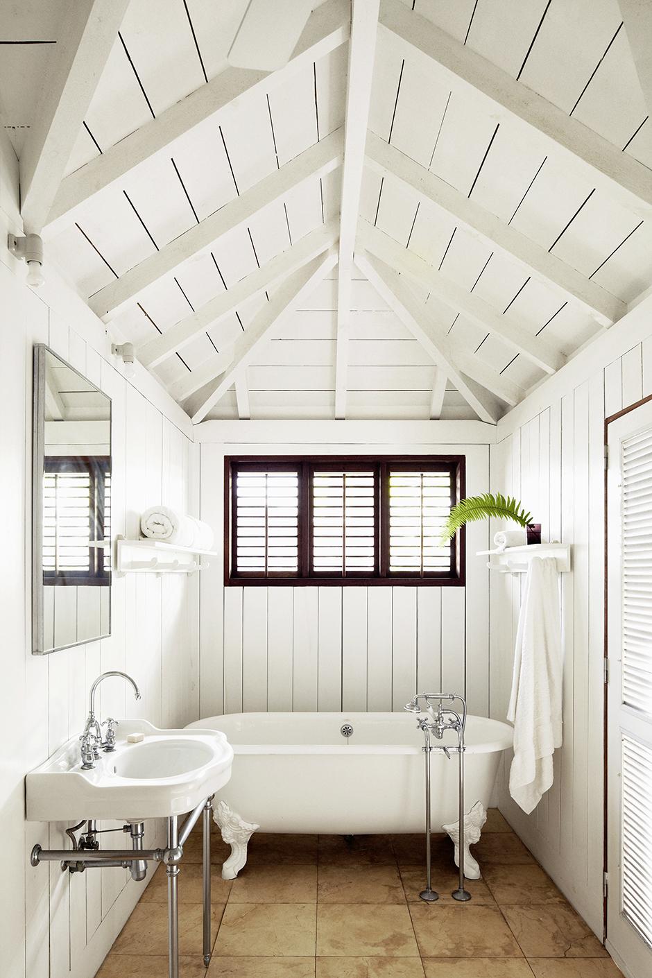 30 ванных комнат в загородных домах (галерея 0, фото 1)