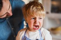 Ребенок не хочет ходить на горшок: 5 возможных причин