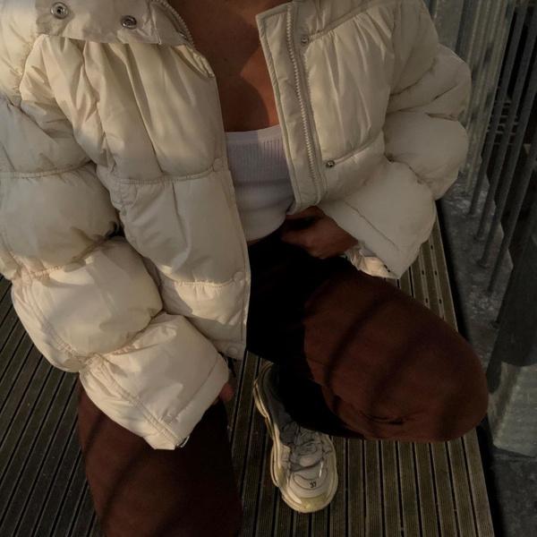 Фото №1 - Модные зимние куртки 2021: выбираем самую актуальную модель