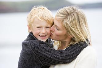 Фото №4 - Требуется нежность: для чего детям нужны объятья