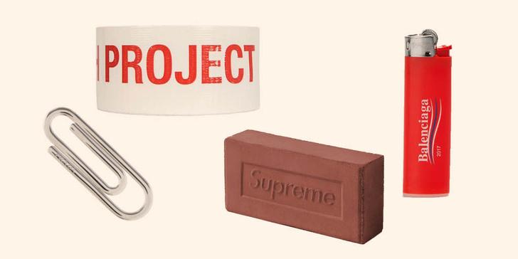 Фото №2 - Бесполезный люкс: Кому нужны резиновые перчатки принцессы от Calvin Klein?