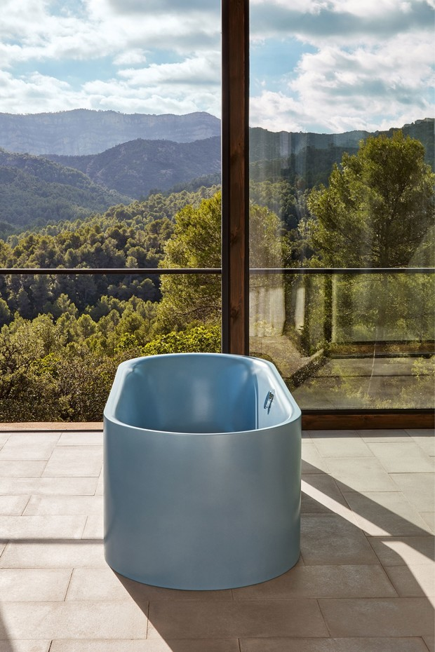 Фото №1 - Полное погружение: ТОП-10 отдельно стоящих ванн