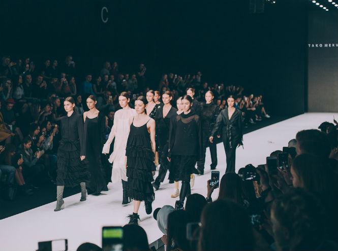 Фото №2 - Пятый день Mercedes-Benz Fashion Week Russia 2017