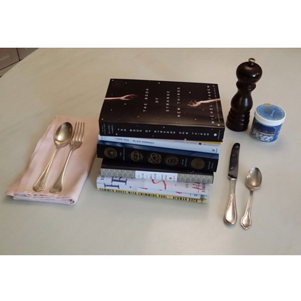 Фото №17 - Звездный Instagram: Знаменитости и книги