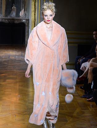 Фото №15 - Неделя Высокой моды в Париже: Ulyana Sergeenko Couture F2015