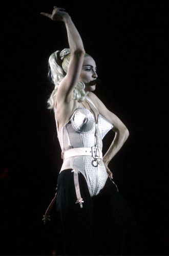 Фото №4 - Жан-Поль Готье: о Мадонне, гомосексуальности и экспериментах в моде
