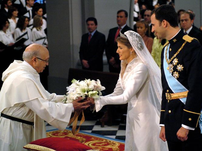 Фото №65 - Самые трогательные моменты королевских свадеб (о Гарри и Меган мы тоже не забыли)