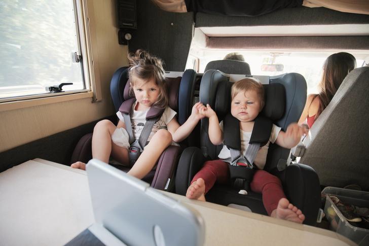 Фото №2 - 5 полезных способов развлечь ребенка в дороге и дома
