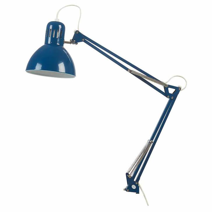 Фото №9 - Топ-10: настольные лампы для нового учебного года