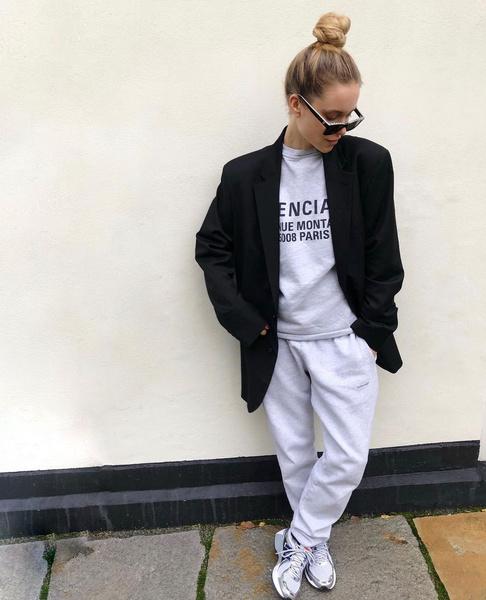 Фото №1 - С чем носить спортивные штаны: 5 классных образов от фэшн-блогеров