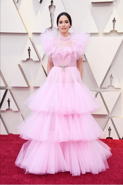 Фото №3 - Модные гостьи «Оскара-2019» сделали ставку на самый стильный цвет — розовый