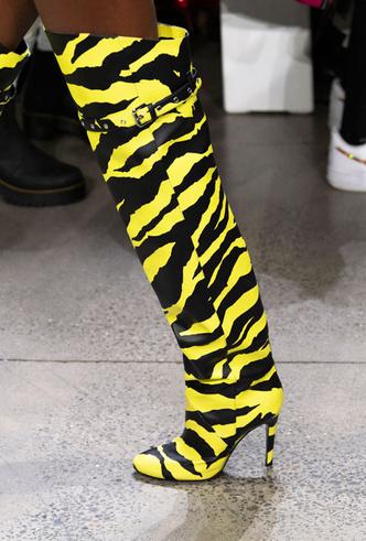 Фото №33 - Самая модная обувь весны и лета 2020: советы дизайнеров