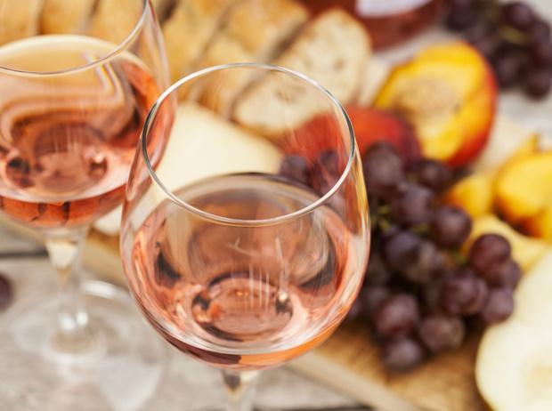 Фото №5 - Pink of perfection: полный гид по розовому вину