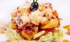 Салат с куриной грудкой и грушей: рецепт