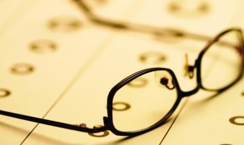 Фото №1 - Главный офтальмолог Петербурга: «Лазерную коррекцию зрения делать можно. Но нужно ли?»