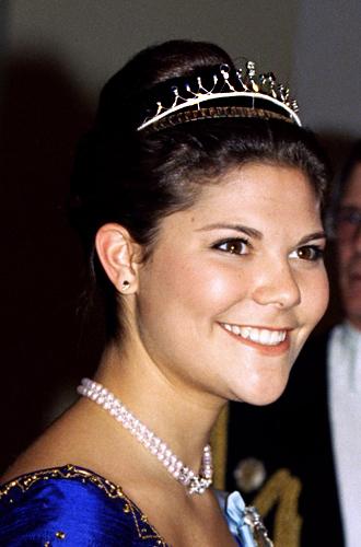 Фото №77 - От бижутерии до бриллиантов: тиары шведской королевской семьи
