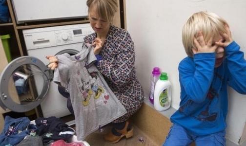 Фото №1 - Greenpeace нашел опасные химические вещества в детской одежде известных брендов