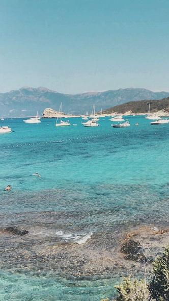 Фото №10 - Курортный роман: 10 ароматов, которые перенесут на пляж