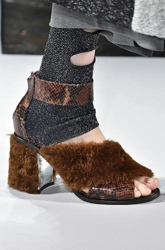 Фото №107 - Самая модная обувь сезона осень-зима 16/17, часть 1