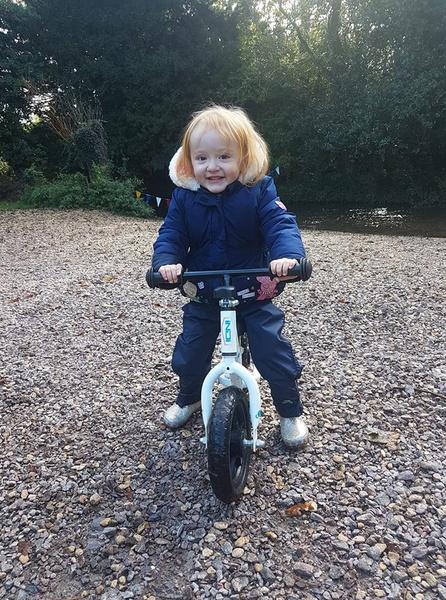 Фото №1 - 3-летняя девочка умирала от рака, пока ее лечили от запора