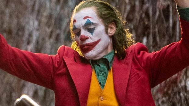 Фото №8 - Самые жуткие и пугающие ужастики про клоунов-убийц 🔪