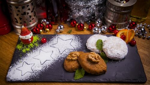 Фото №1 - Три греческих рождественских десерта