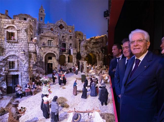 Фото №20 - Праздничное убранство резиденций королей и президентов в ожидании Рождества и Нового года