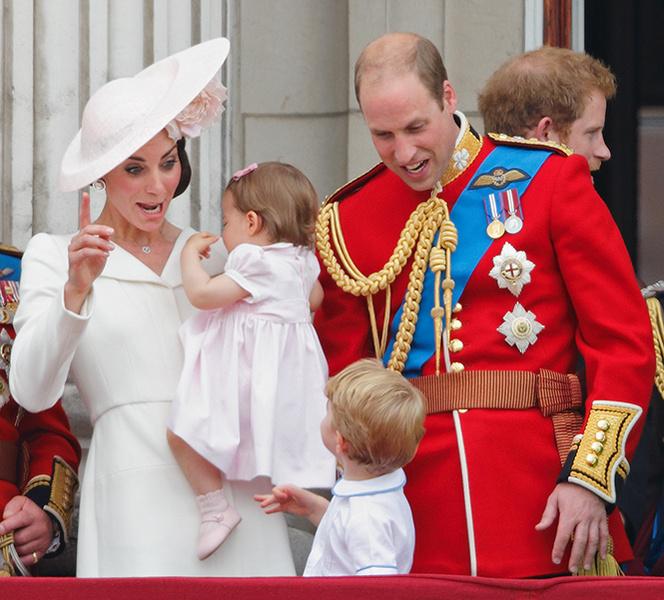 Фото №20 - Самые трогательные моменты из жизни герцогини Кембриджской в 2016 году