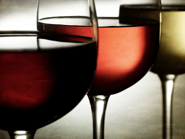 Фото №1 - Как эволюция бокала повлияла на потребление алкоголя