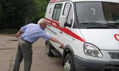 Фото №1 - Петербургская «Скорая» предлагает создать «черный список» адресов и пациентов