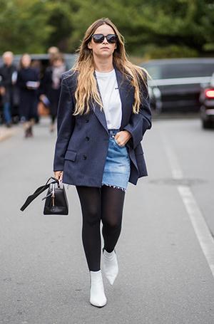 Фото №14 - Как носить самые модные юбки сезона: мастер-класс от звезд street style хроник