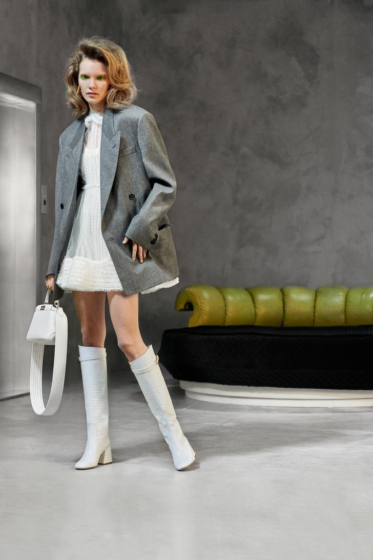 Фото №4 - Озорная и аристократическая: как одеться в стиле Катрин Денев в фильме «Дневная красавица»?