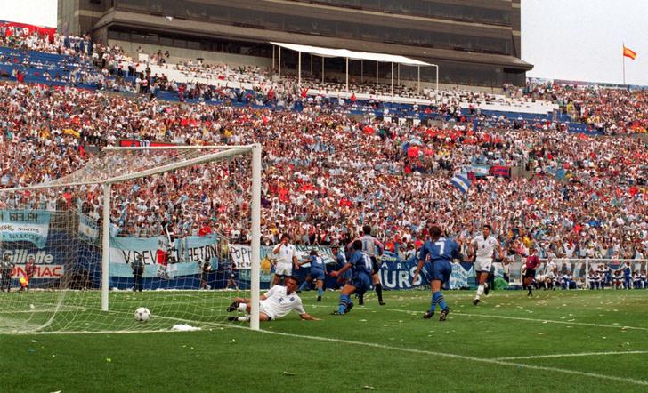 Фото №6 - Пять самых драматичных провалов в истории чемпионатов мира по футболу