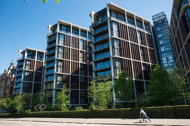 Фото №1 - Британский миллиардер продает квартиру за 175 миллионов фунтов стерлингов— посмотри, что внутри